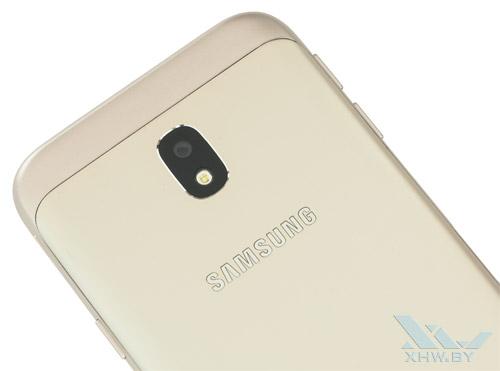 Samsung Galaxy J3 (2017) имеет одинарную основной камеру и одинарную вспышку
