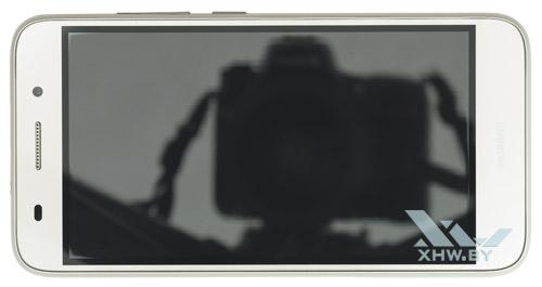Huawei Y3 (2017). Вид сверху