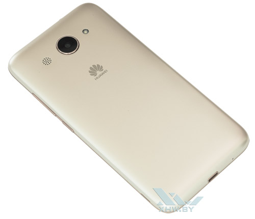 Huawei Y3 (2017). Вид сзади