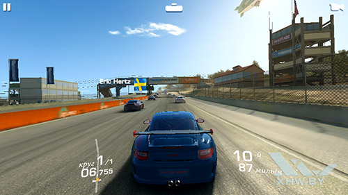 Игра Real Racing 3 на Huawei Y3 (2017)