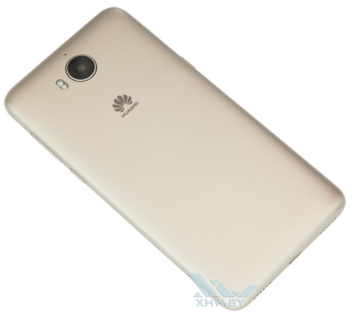 Huawei Y5 (2017). Вид сзади