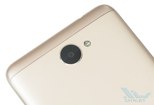 Камера Huawei Y7