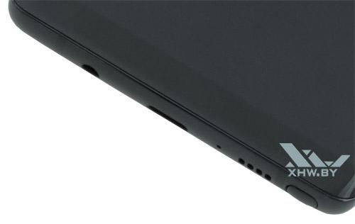 Нижняя рамка Samsung Galaxy Note 8 такая же тонкая