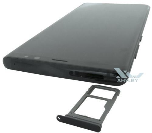 Отсек для SIM-карты имеет только один слот в Samsung Galaxy Note 8