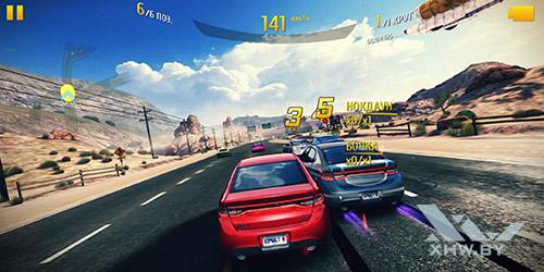 Игра Asphalt 8 на Huawei P smart