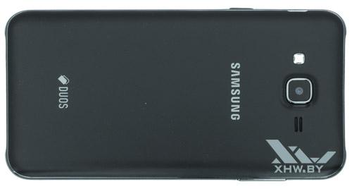 Samsung Galaxy J7 Neo. Вид сзади