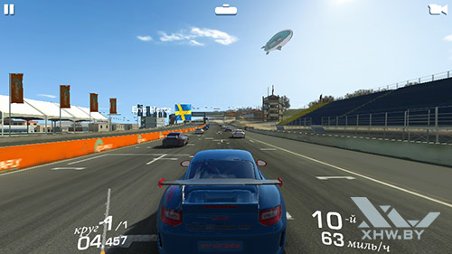 Игра Real Racing 3 на Samsung Galaxy J2 (2018)