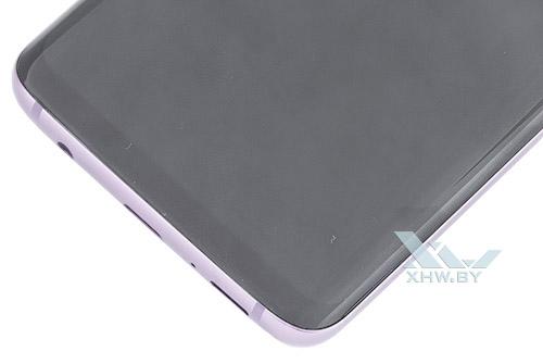Под экраном Samsung Galaxy S9
