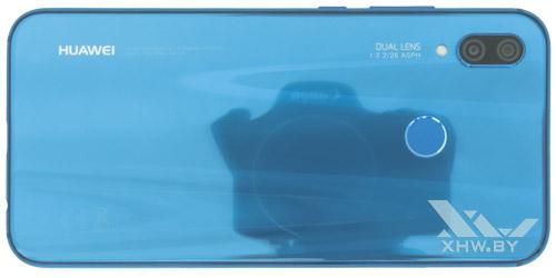 Huawei P20 Lite. Вид сзади