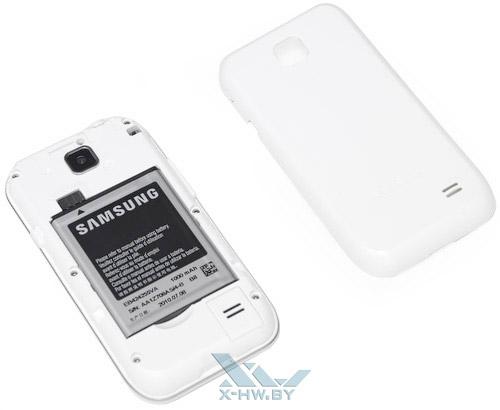 Samsung Galaxy Player 50 со снятой крышкой