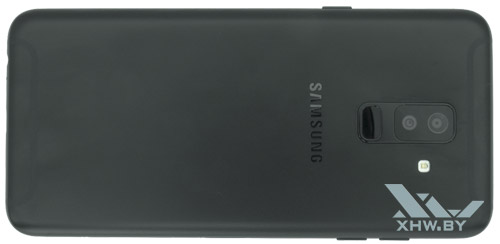 Samsung Galaxy A6+ (2018). Вид сзади