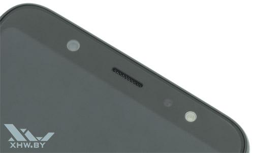 Под экраном Samsung Galaxy A6+ (2018)