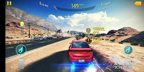 Игра Asphalt 8 на Huawei P20