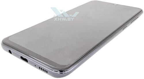 Samsung Galaxy A30. Нижний торец