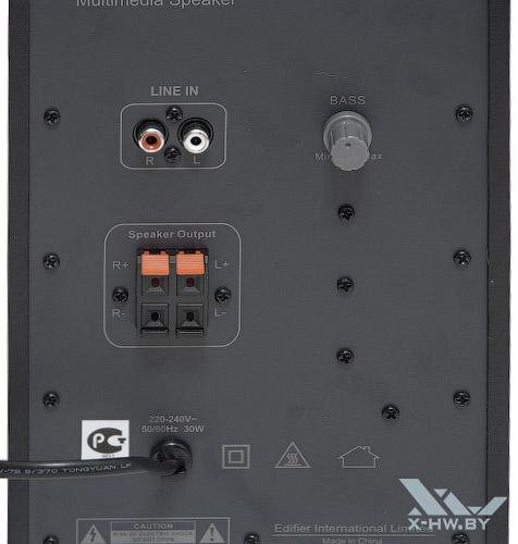 Задняя панель Edifier R303