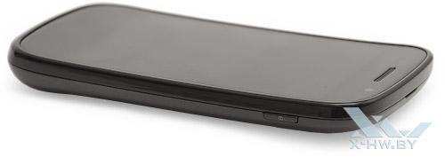 Google Nexus S. Правый торец