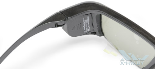 Отсек батарей на 3D-очках Samsung T23A750