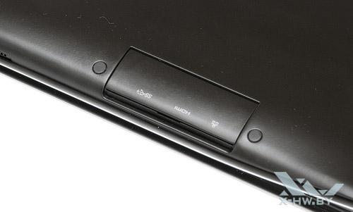 Закрытые разъемы на левом торце Samsung 900X3A