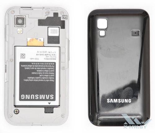 Samsung Galaxy Ace со снятой крышкой