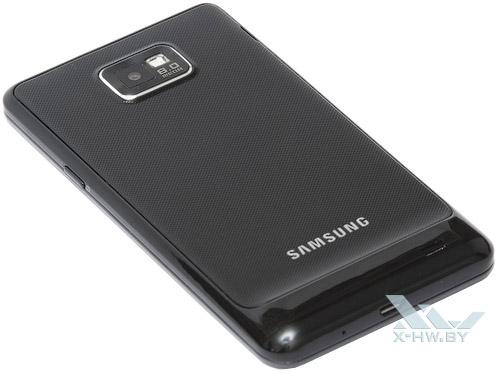 Samsung Galaxy S II. Вид сзади