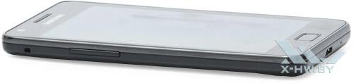 Samsung Galaxy S II. Вид слева