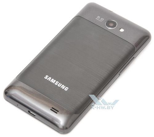 Samsung Galaxy R. Вид сзади
