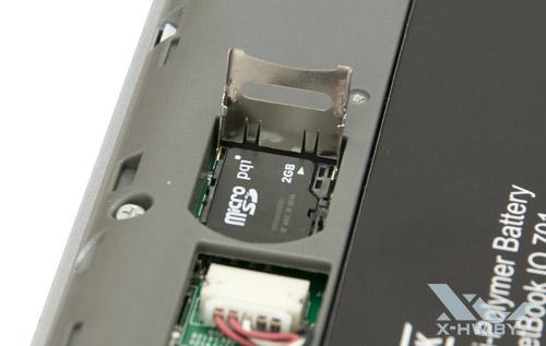 Карта памяти microSD в PocketBook IQ 701. Рис. 1