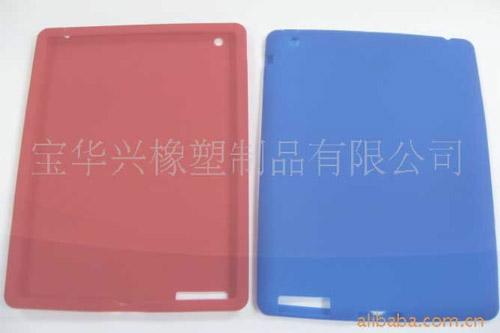 Apple iPad 2 получит дополнительную камеру и слот для карт SD