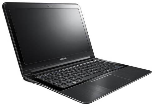 Ноутбуки Samsung 9 серии. Вид слева