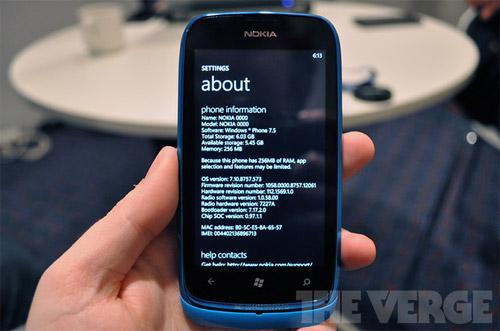 Microsoft рассказала об ограничениях WP7 Tango