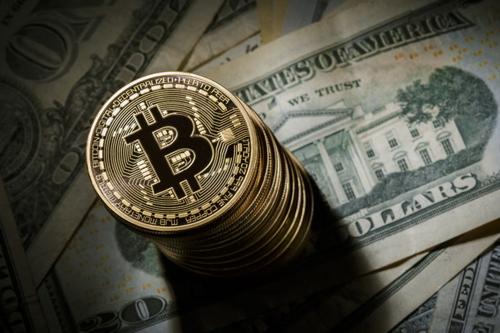Bitcoin на фоне доллара