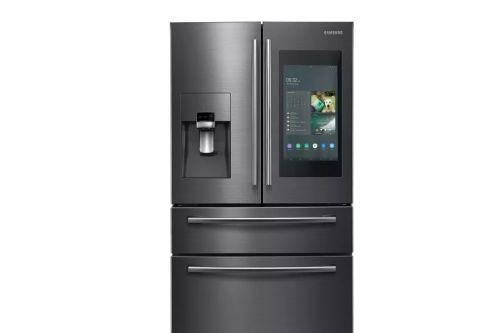 Умный холодильник Samsung оповестит о незакрытой дверце